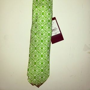Lilly Pulitzer green and white shell tie